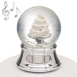 Musical water globe wedding cake buy at Florist